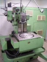 kaufen CNC-Gesteuerte Universal-Fräs- und Bohrmaschine