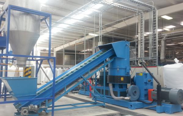 kaufen Каскадная линия грануляции пленки LDPE Производительностью – 400-500 кг – RBEKCM-433/2015