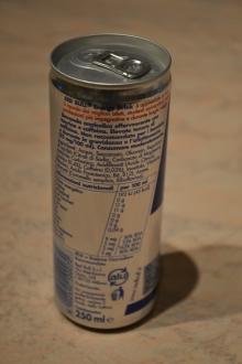 kaufen Gut raffiniertes Original Bull Energy Drink 250 ml Rot / Blau / Silber Jetzt ab Lager verfügbar
