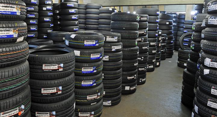 kaufen Автомобильные шины, шины для грузовых автомобилей и автобусов.