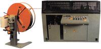 Drahtricht- und Abschneideautomaten