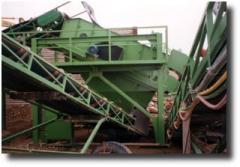 Siebmaschine mit Bockgerüst und Begehung