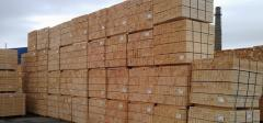 Wood for construction - solid pine timber with air dry humidity content