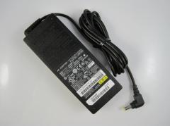 Fujitsu FSC 19V 80w 4,22a Netzteil AC Adapter power supply