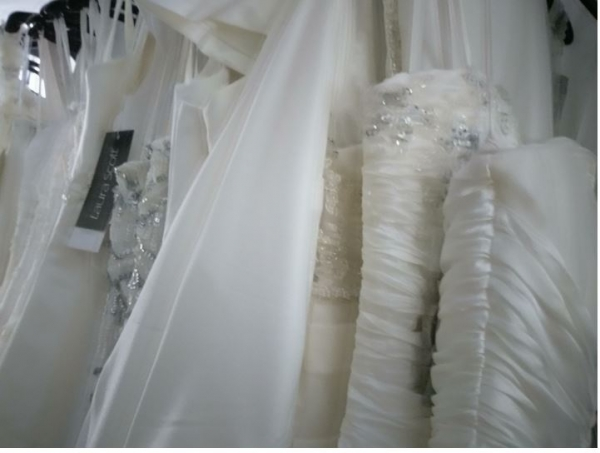 wedding_dresses_mix_different_models_sale