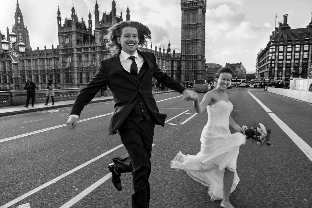 Auftrag Hochzeitsfotografie und Hochzeitsvideo